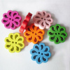 2-hole Flower Shaped DIY Buttons FNA160N-1